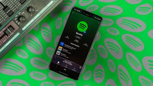 Combien de stream Spotify faut t'il pour vivre au dessus du seuil de pauvreté ? https://linkleek.com/